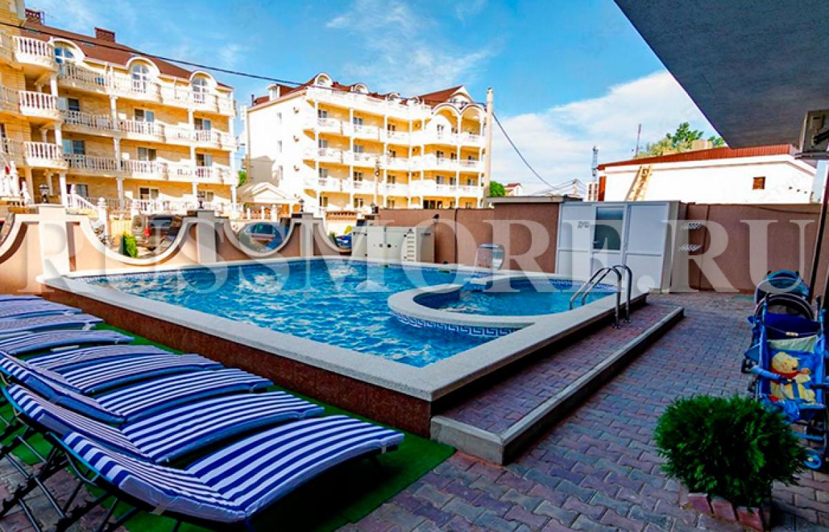 Мега Люкс отель в Витязево бассейн